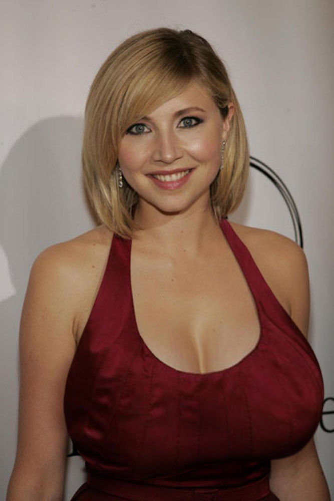 Sarah chalke breasts - TheFappening Library