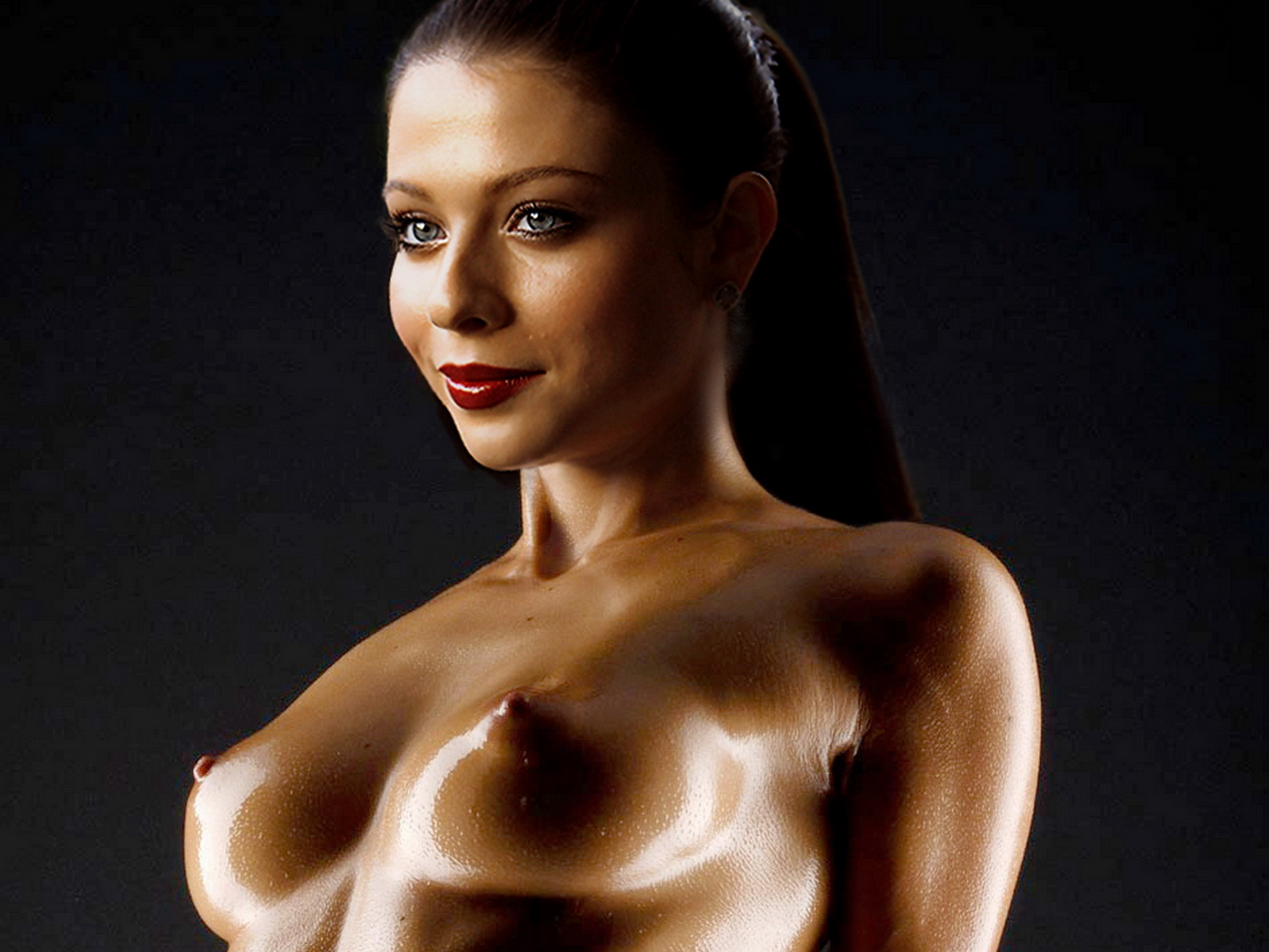 real women oiled up nude